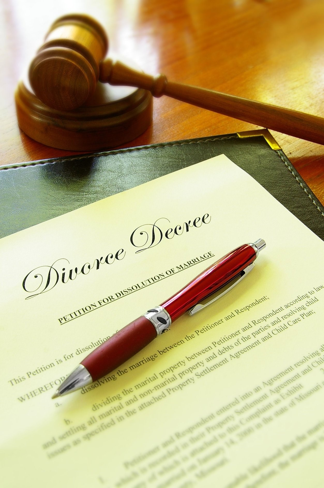 9 Things to Do Before Filing for Divorce