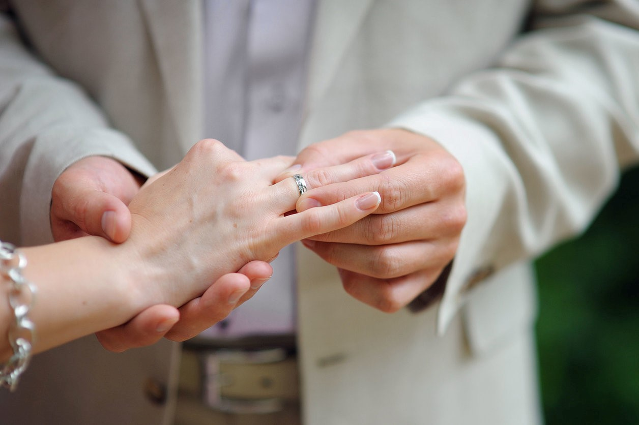 Miami Man Accidentally Marries Own Granddaughter